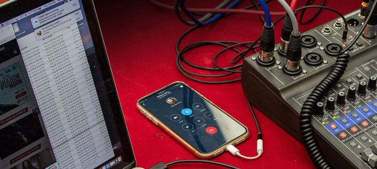 zoom L8 for podcasters